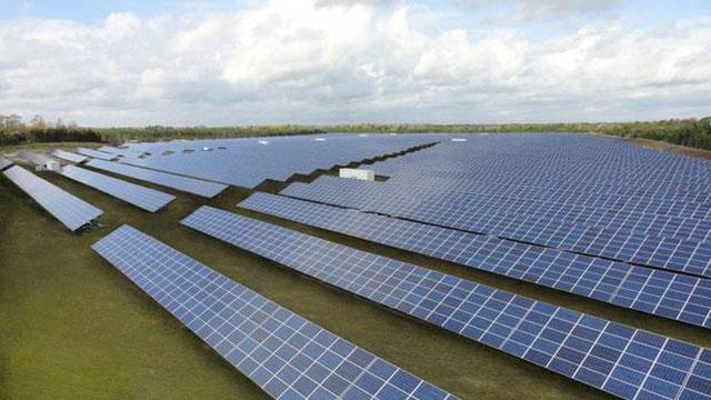 Canadian_Solar from theglobeandmail.com