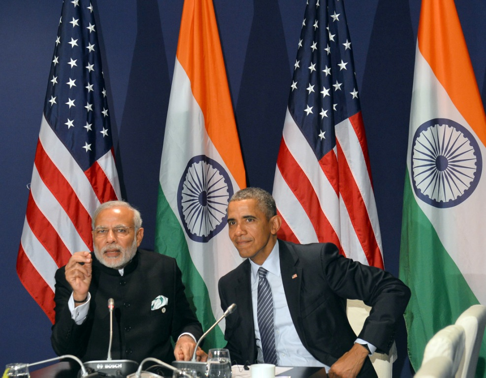 Narendra Modi meeting Barack Obama, on the sidelines of COP21 Summit in Paris