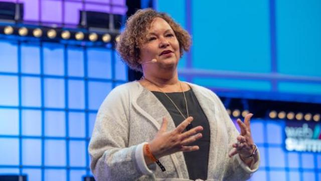 Lisa Jackson at Apple